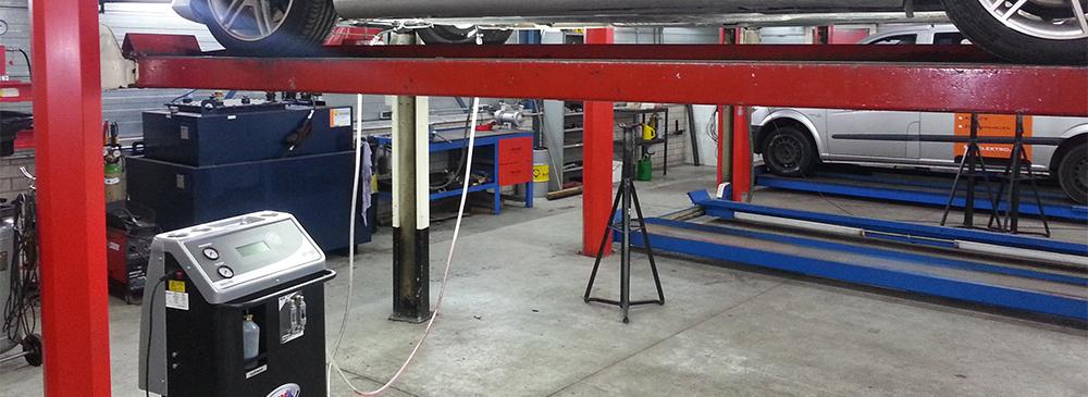APK - Wij controleren alles: banden, remmen, verlichting en alle ...